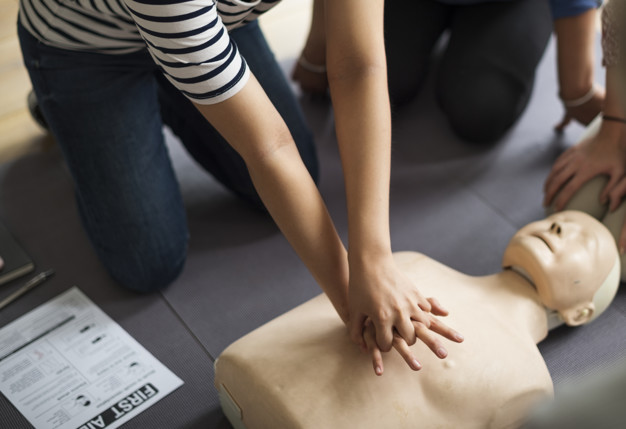 cpr-training_53876-71212.jpg
